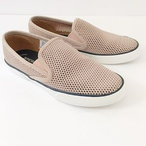 Sperry Womens Pier Side Perforated Slip-on Sneaker